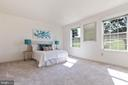 Large Master Bedroom with new carpet and paint - 4003 MIDDLETON DR, MONROVIA