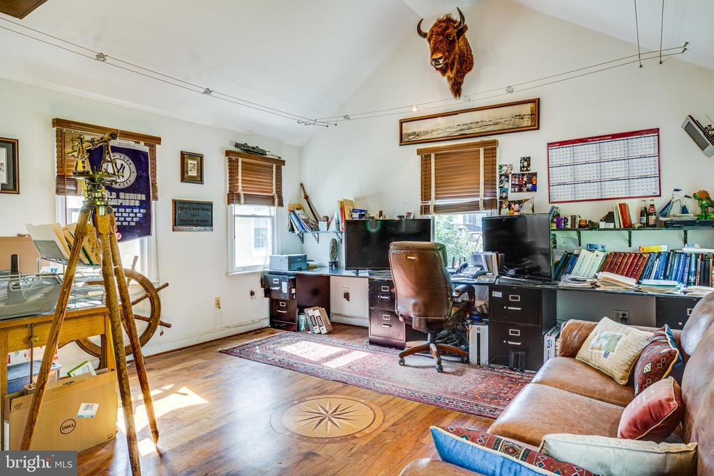 Second floor of garage in use as an office. - 504 LEWIS ST, FREDERICKSBURG