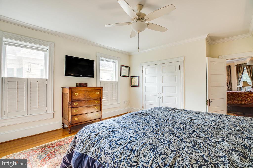Master bedroom - 504 LEWIS ST, FREDERICKSBURG