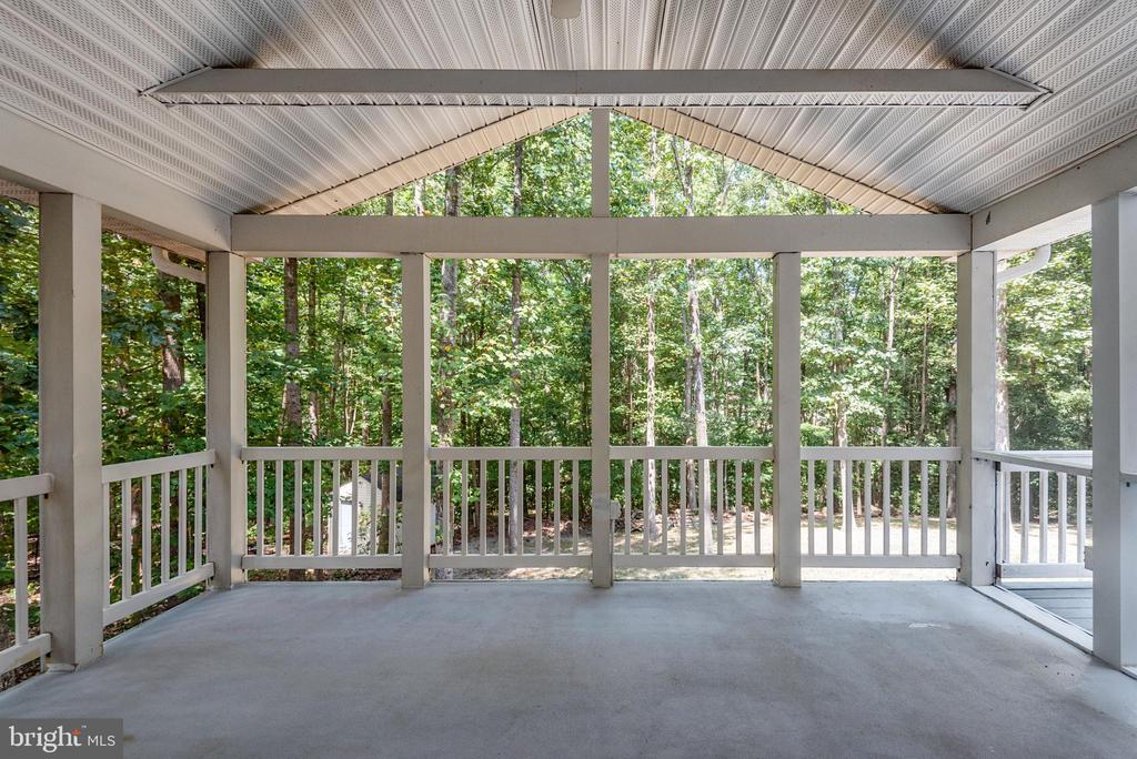 Privacy and view of trees - 5219 CALVERT CT, FREDERICKSBURG