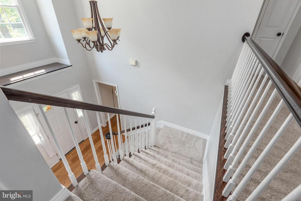 New carpeting with upgraded padded on second floor - 5219 CALVERT CT, FREDERICKSBURG