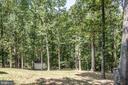 HUGE, private back yard! - 5219 CALVERT CT, FREDERICKSBURG
