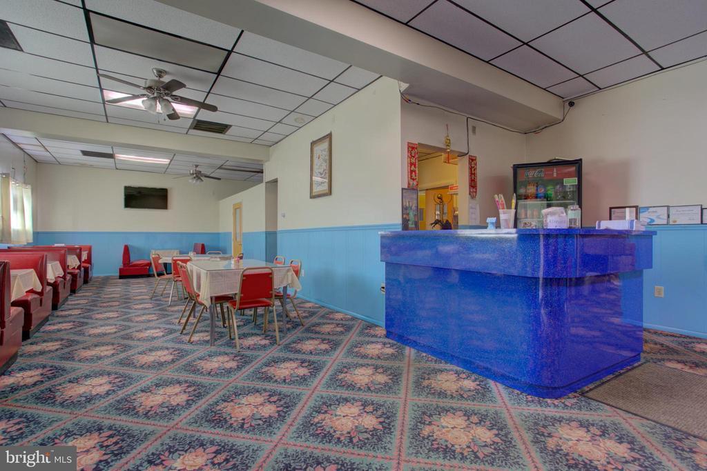 Restaurant  rental - 156 LANCASTER AVE, COLUMBIA