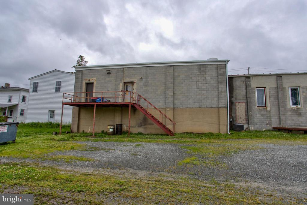 Rear of building - 156 LANCASTER AVE, COLUMBIA