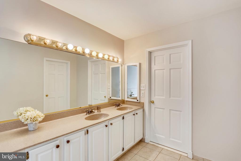Master bathroom w/ double vanity - 7404 BRADLEY BLVD, BETHESDA