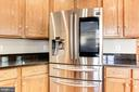 Kitchen - New Samsung refrigerator (2018)! - 42956 OHARA CT, ASHBURN