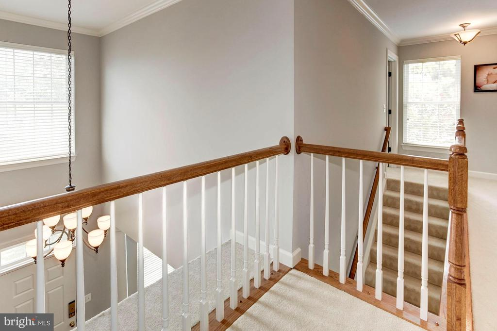 Upstairs Landing overlooking 2 Story Foyer - 42956 OHARA CT, ASHBURN