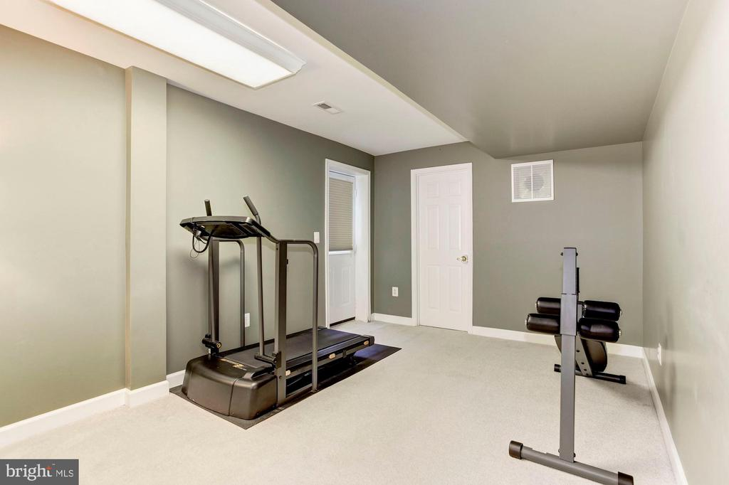 Basement - Sellers use this area for a Home Gym - 42956 OHARA CT, ASHBURN