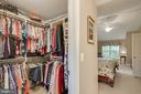 Walk in closets - 43096 BINKLEY CIR, LEESBURG
