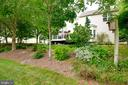 Landscaping - 43096 BINKLEY CIR, LEESBURG