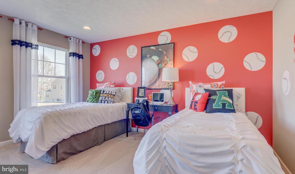 SAMPLE PHOTO - secondary bedroom - 113 ARBORETUM, FREDERICKSBURG