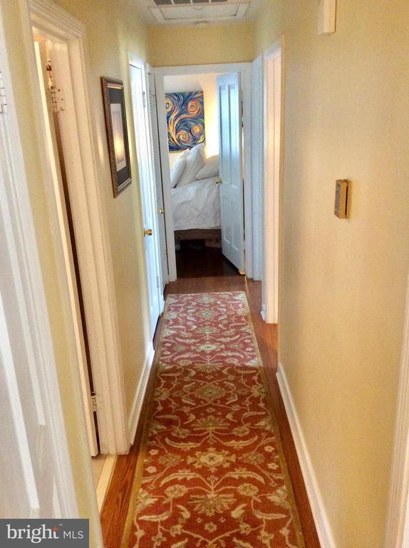 hallway - 6 WESTMORELAND DR, FREDERICKSBURG