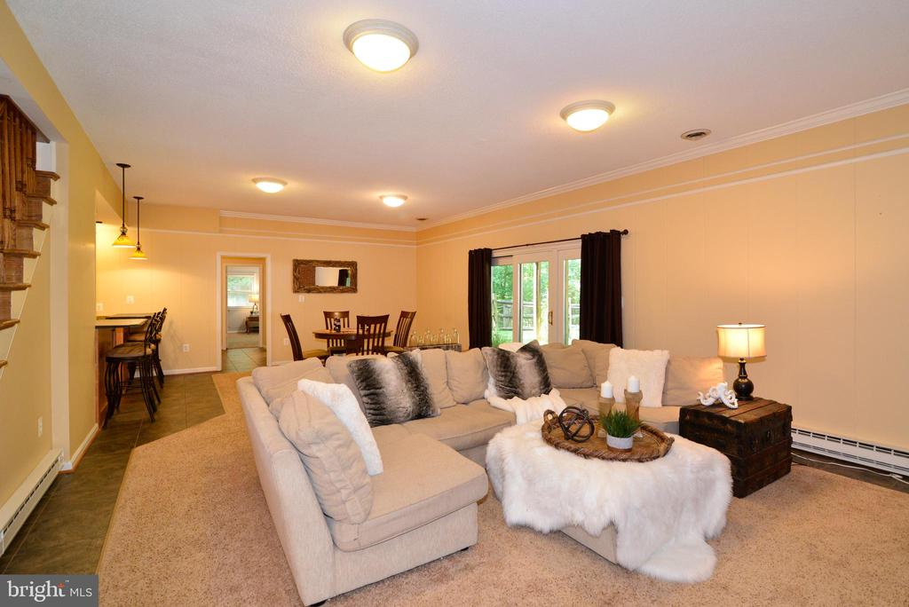 Lower Level w/ high ceilings fully finished - 1700 BESLEY RD, VIENNA