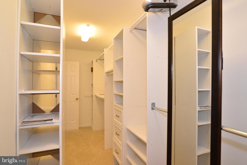 Master Walk in closet is very spacious w/ built-in - 1700 BESLEY RD, VIENNA