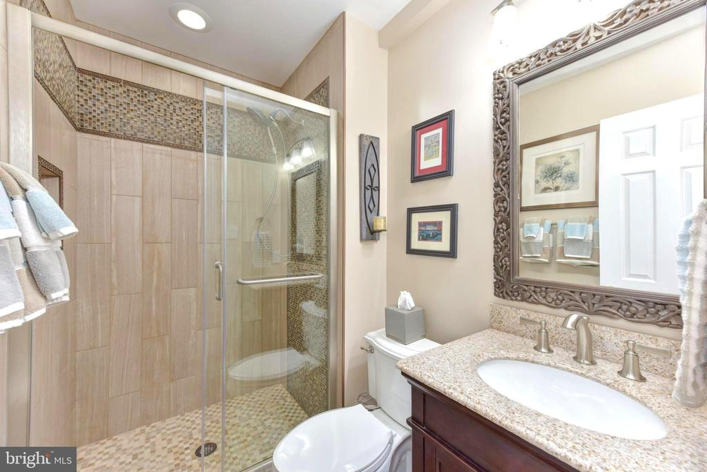 Renovated full bath completes lower level. - 1904 BELLE HAVEN RD, ALEXANDRIA