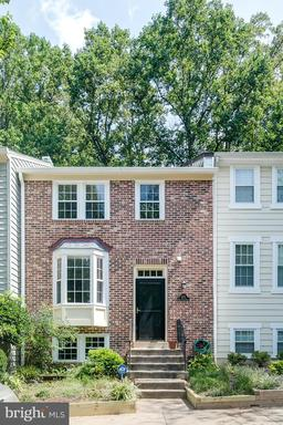 5713 WOOD MOUSE CT