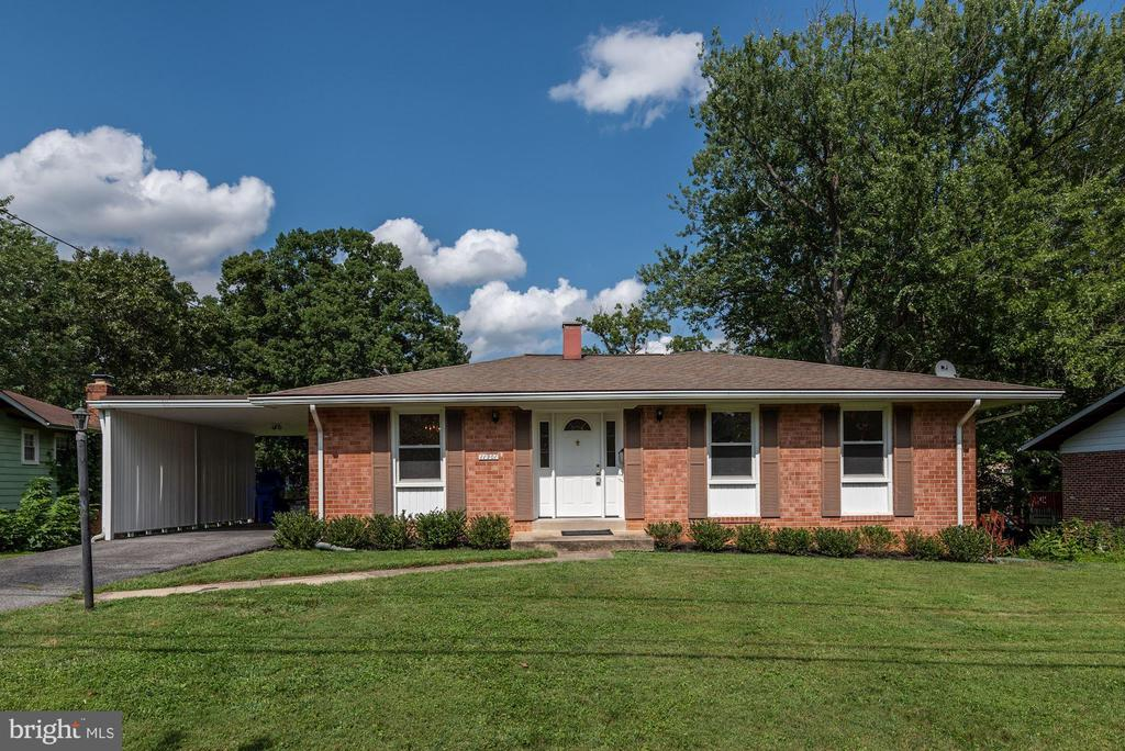 Great location to schools and houses of worship. - 11901 ENID DR, ROCKVILLE