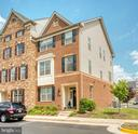 Beautiful End Unit - 22478 CAMBRIDGEPORT SQ, ASHBURN