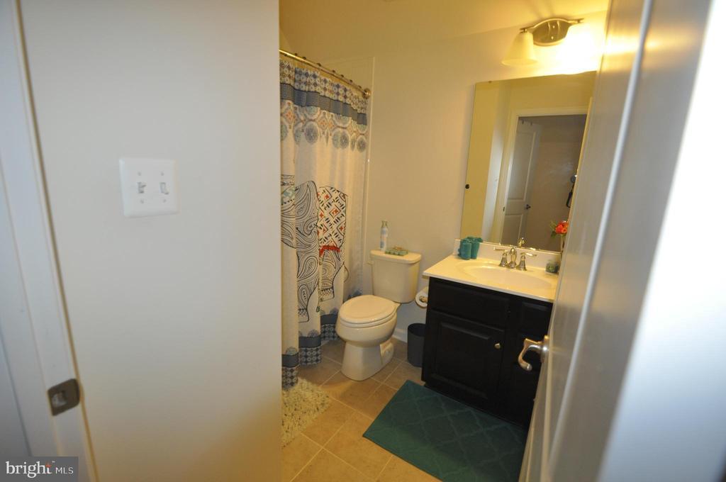Bathroom in Private Bonus Bedroom - 1421 VILLAGE GREEN WAY, BRUNSWICK