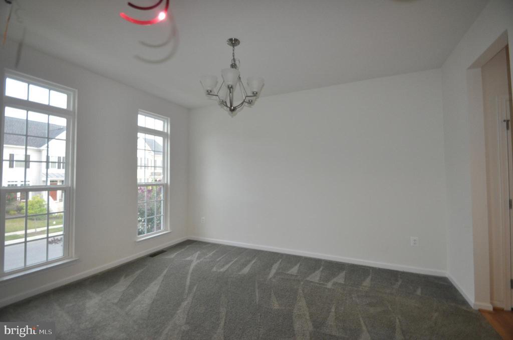 Dining Room - 1421 VILLAGE GREEN WAY, BRUNSWICK