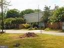 Elementary School is just around the corner - 5804 ROYAL RIDGE DR #H, SPRINGFIELD