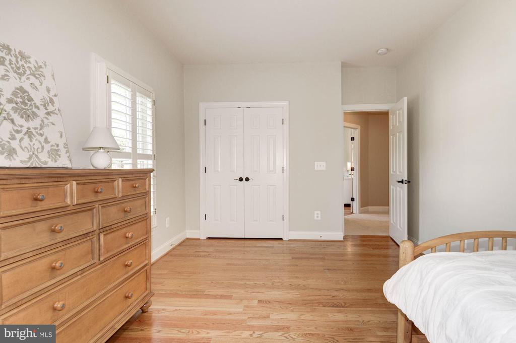 Additional view of the 4th bedroom - 11691 CARIS GLENNE DR, HERNDON