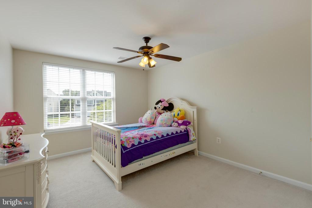 2nd upstairs bedroom - 42022 GLASS MOUNTAIN PL, ALDIE