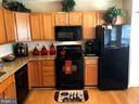 Bamboo Flooring and Black Appliances - 10610 LIMBURG CT, FREDERICKSBURG