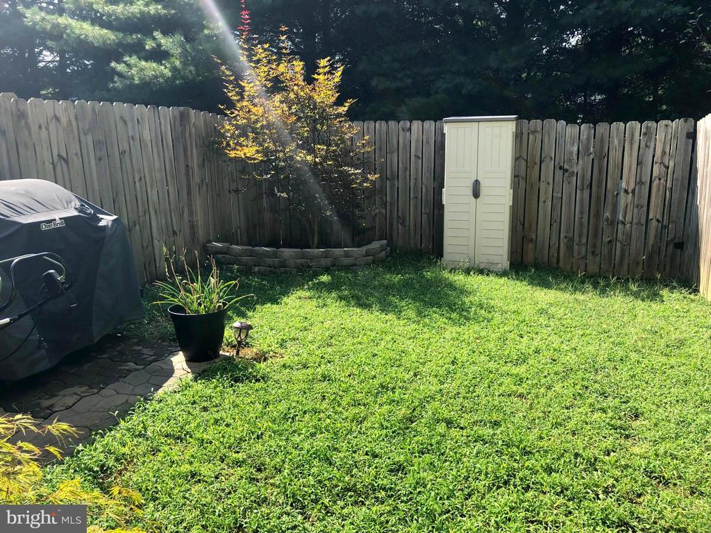 Private Fenced Rear Yard - 10610 LIMBURG CT, FREDERICKSBURG