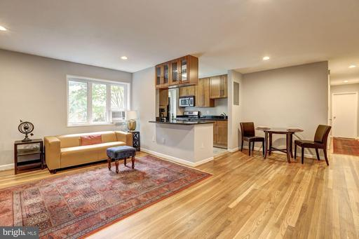 111 LEE AVE #206