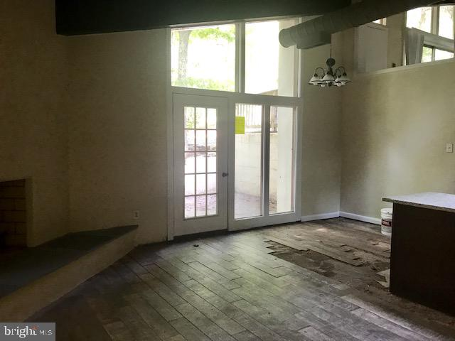 Dining area opens to great room - 4611 LAKEVIEW PKWY, LOCUST GROVE