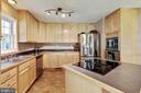 Island cooktop and updated lighting - 144 AQUA LN, COLONIAL BEACH
