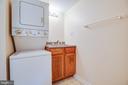 Full bathroom with laundry - 12504 SICKLES LN, SPOTSYLVANIA