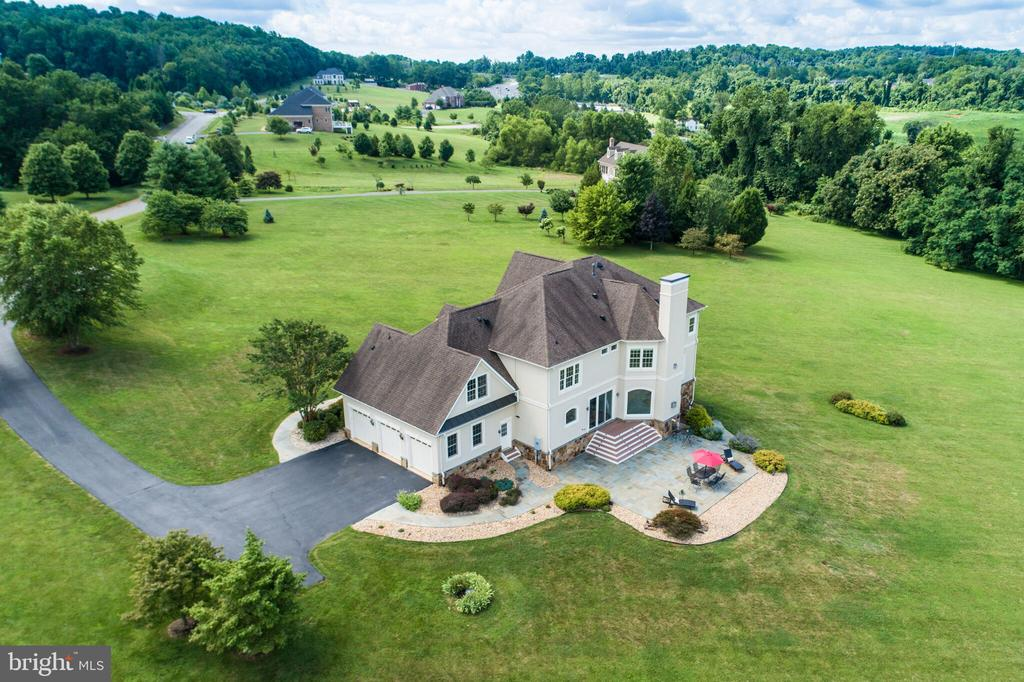 Ideally Located on Private Cul-De-Sac - 16875 DETERMINE CT, LEESBURG