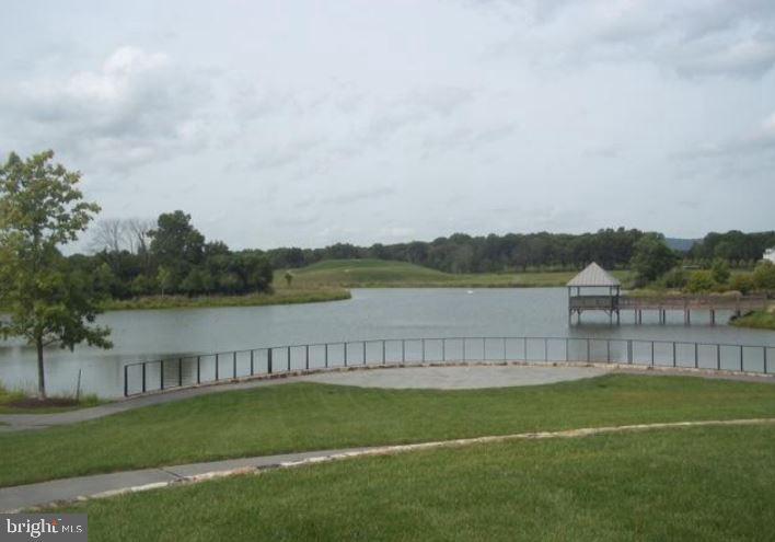 Community Lake - 41669 APPLEYARD PL, ASHBURN