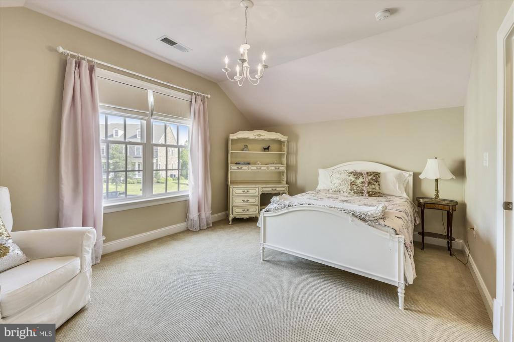 Bedroom 4 on Upper Level - 41669 APPLEYARD PL, ASHBURN