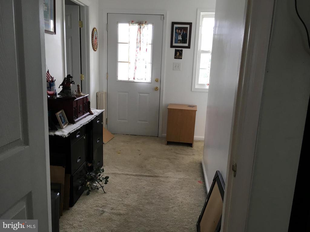 Upstairs Addition Hallway - 7801 MISTY CT, GAITHERSBURG