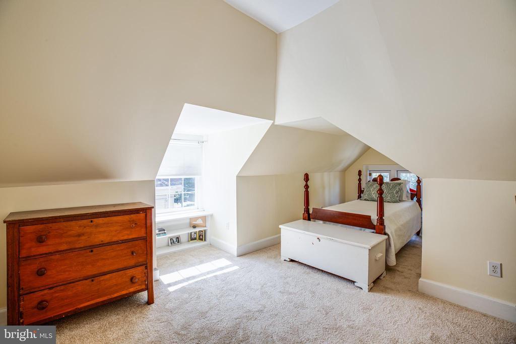 Bedroom #5 - 504 LEWIS ST, FREDERICKSBURG
