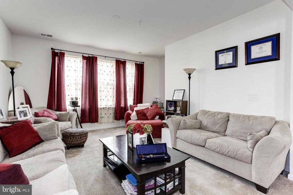 Formal Living Room - 42294 SAN JUAN TERRACE, ALDIE