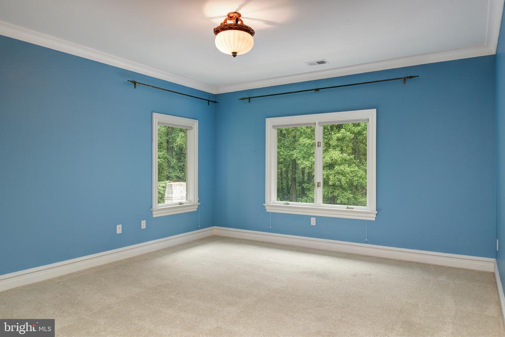 Bedroom - 9998 BLACKBERRY LN, GREAT FALLS
