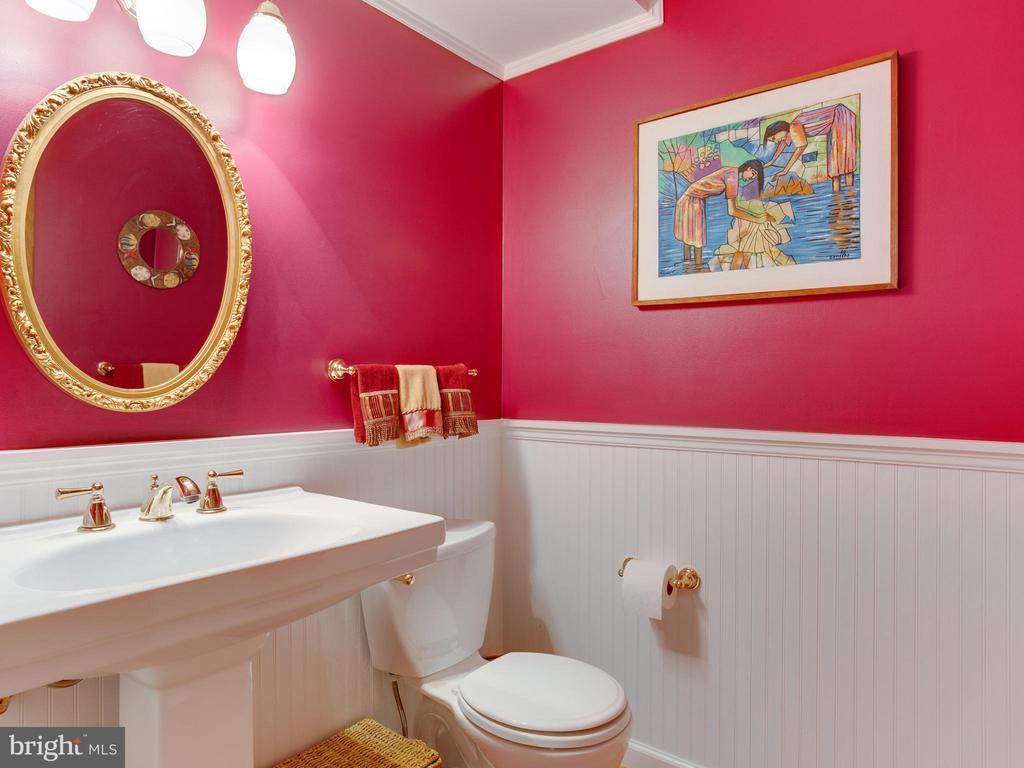 Main Level Hall Half Bath - 3133 CATRINA LN, ANNAPOLIS