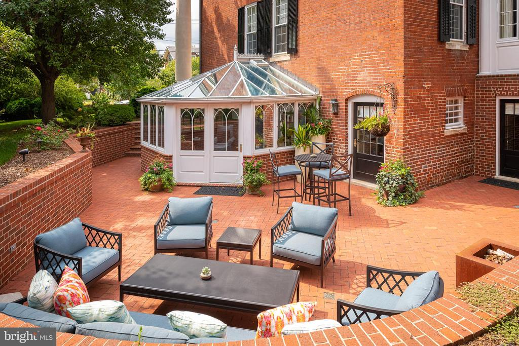 Solarium and Patio - 307 AMELIA ST, FREDERICKSBURG