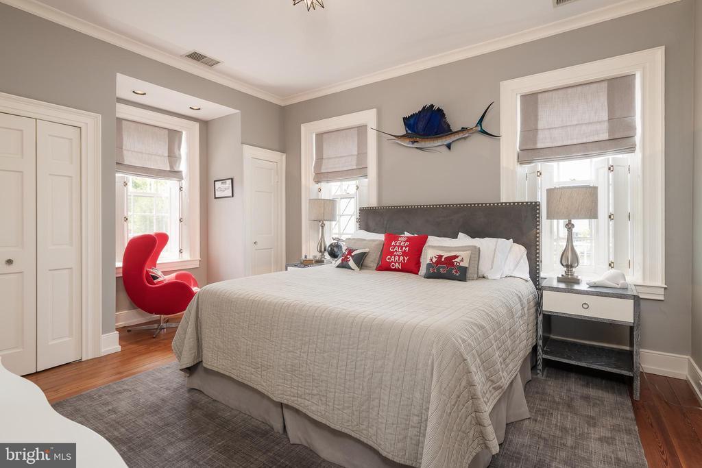 Bedroom #2 - 307 AMELIA ST, FREDERICKSBURG