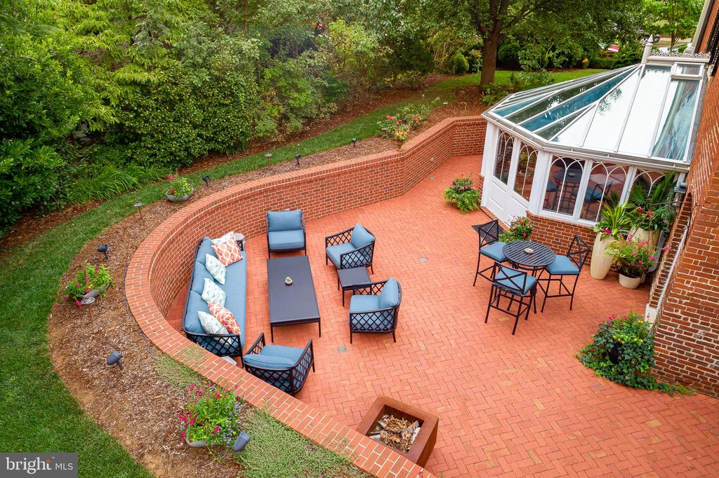 Ariel View of Solarium and Patio - 307 AMELIA ST, FREDERICKSBURG