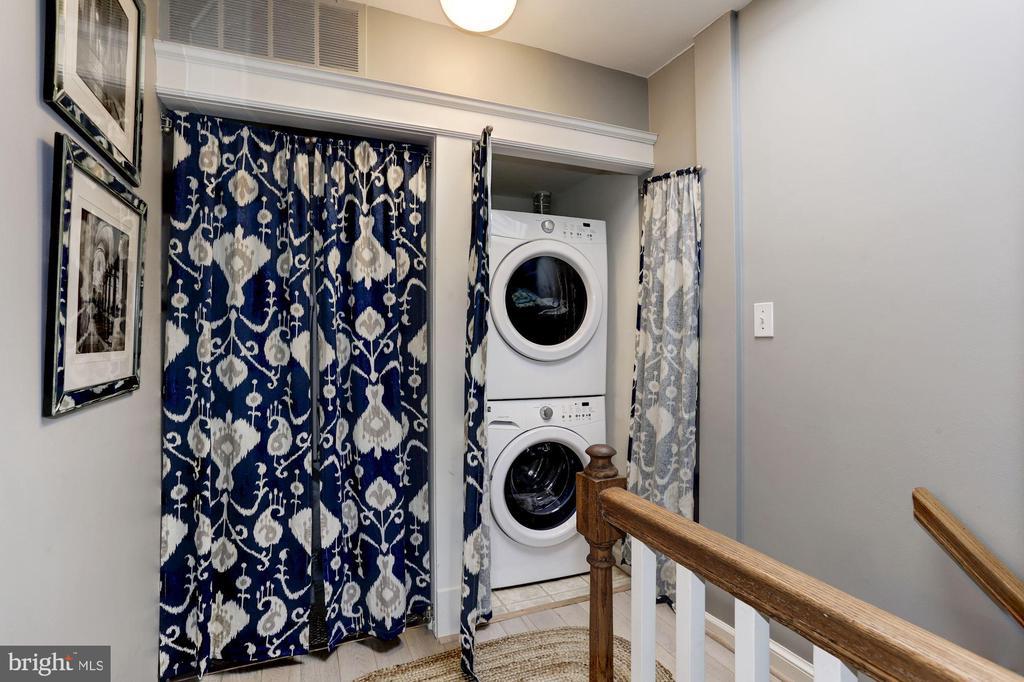 Washer/Dryer - full size/high capacity - 3802 PORTER ST NW #301, WASHINGTON