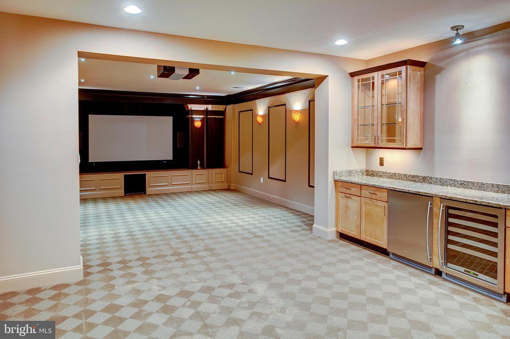 Media Room - 18310 FAIRWAY OAKS SQ, LEESBURG
