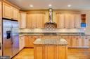 Kitchen Main Level - 18310 FAIRWAY OAKS SQ, LEESBURG