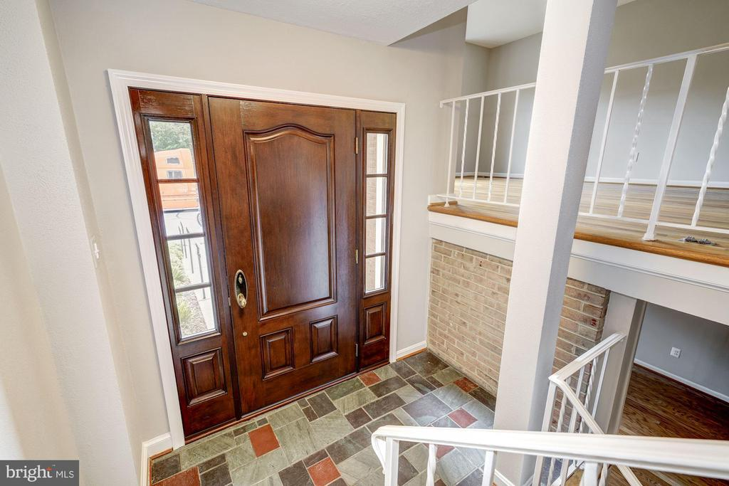 Entry foyer - 2018 HIGHBORO WAY, FALLS CHURCH