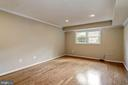 Bright lower level - 2018 HIGHBORO WAY, FALLS CHURCH