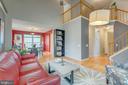 Two-story foyer - 478 FOXRIDGE DR SW, LEESBURG